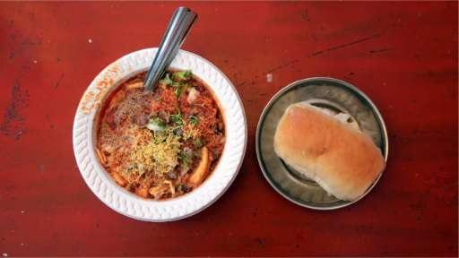 Famous Food: Pav Bhaji