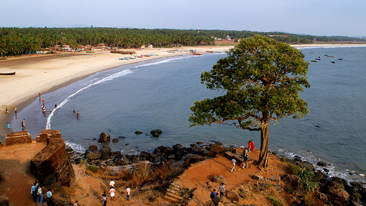 Beaches: Bekal Fort Beach at Kasaragod, Kerala